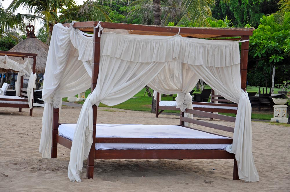 There were so many of these at the pristine beach, I thought they were so romantic. Good place for a honeymoon for sure.