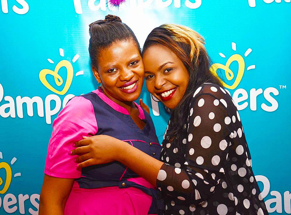 Pampers_Celebrity-mom-Size-8-gave-Joyce-a-surprise-visit