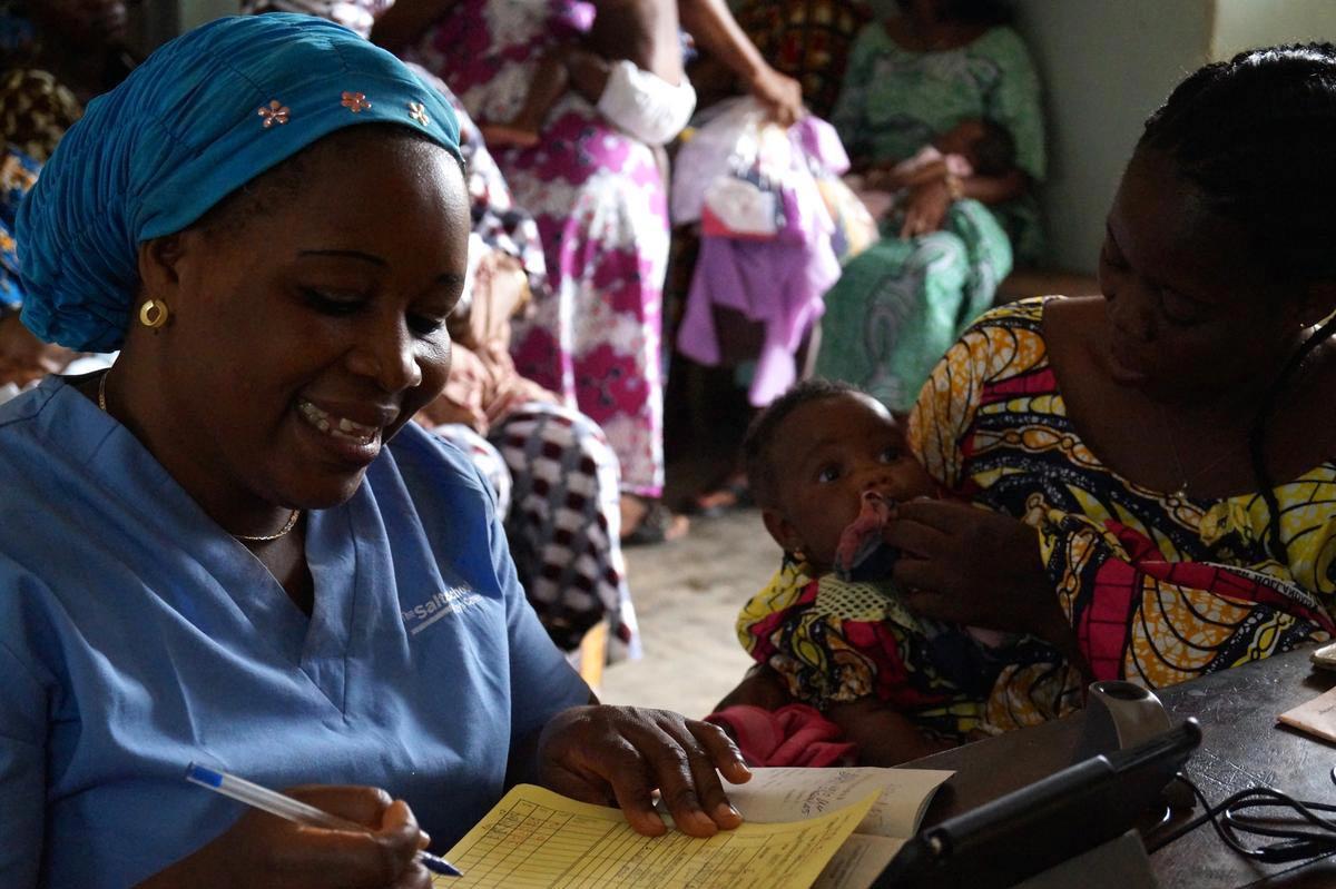 kenyan children reciving vaccine - photo #6