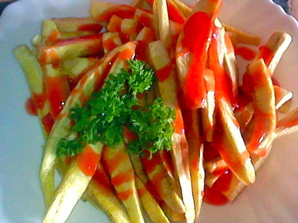 Fried-matoke-with-sauce