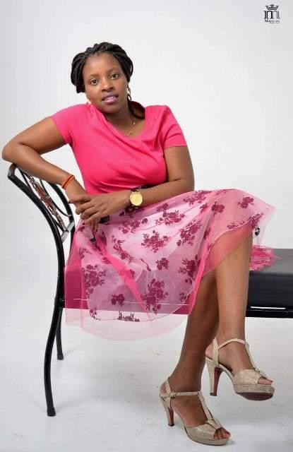 Naomi Kago